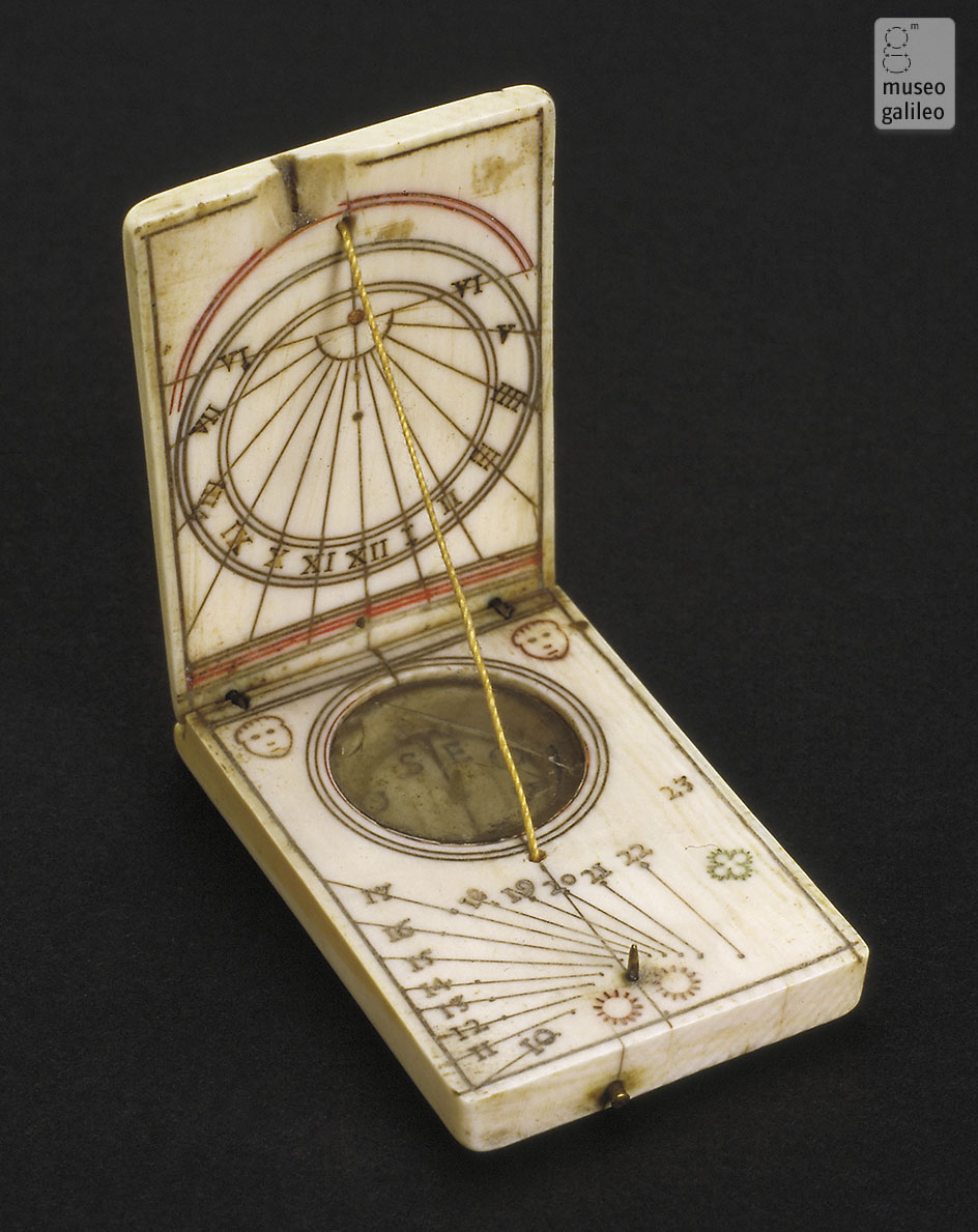 Museo Galileo - Enlarged image - Diptych dial (Inv. 2469)